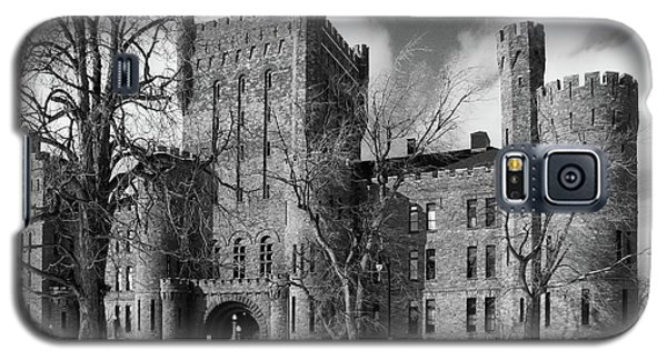 Galaxy S5 Case featuring the photograph Connecticut Street Armory 3997b by Guy Whiteley