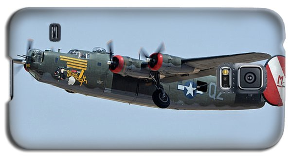 Galaxy S5 Case featuring the photograph Consolidated B-24j Liberator N224j Witchcraft Phoenix-mesa Gateway Airport Arizona April 15 2016 by Brian Lockett