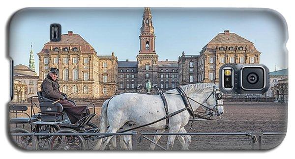 Galaxy S5 Case featuring the photograph Copenhagen Christianborg Palace Horse And Cart by Antony McAulay