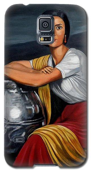 Cordobesa En La Fuente  Galaxy S5 Case by Manuel Sanchez