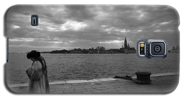 Galaxy S5 Case featuring the photograph Correspondences by Yuri Santin