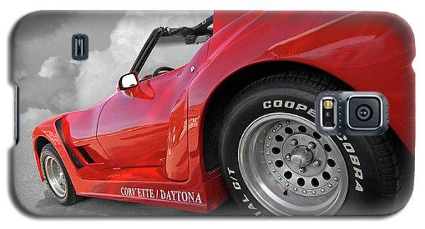 Galaxy S5 Case featuring the photograph Corvette Daytona by Gill Billington