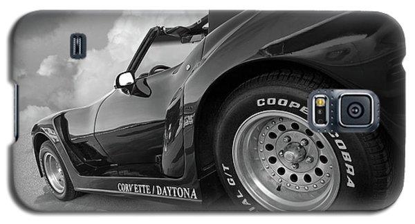 Corvette Daytona In Black And White Galaxy S5 Case by Gill Billington
