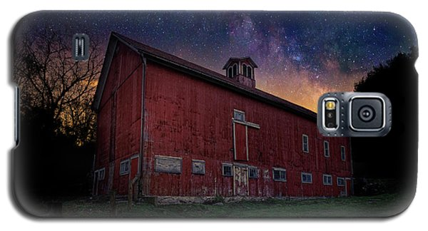 Galaxy S5 Case featuring the photograph Cosmic Barn by Bill Wakeley