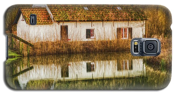 Cottage Reflection Galaxy S5 Case