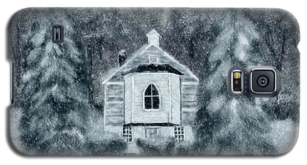 Galaxy S5 Case featuring the digital art Country Church On A Snowy Night by Lois Bryan