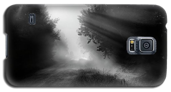 Galaxy S5 Case featuring the photograph Country Trails by Dan Jurak