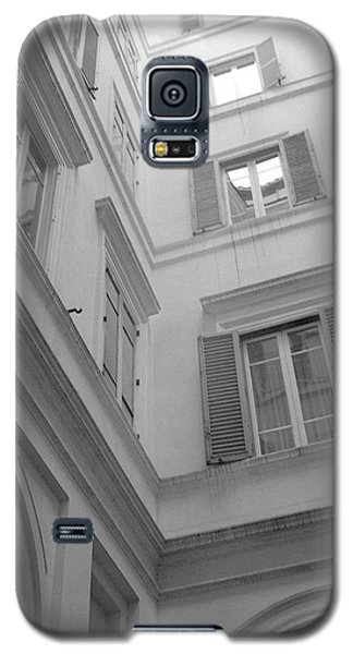 Courtyard In Rome Galaxy S5 Case