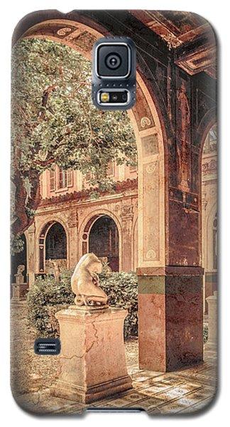 Galaxy S5 Case featuring the photograph Paris, France - Courtyard West - L'ecole Des Beaux-arts by Mark Forte