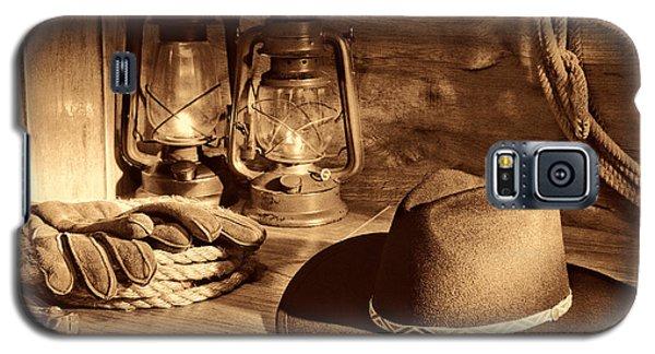 Cowboy Hat And Kerosene Lanterns Galaxy S5 Case