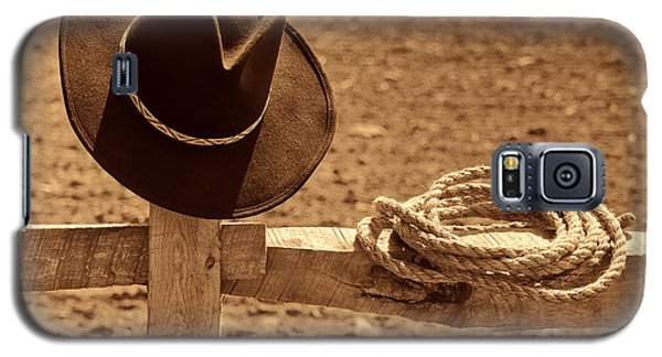 Cowboy Hat And Rope On A Fence Galaxy S5 Case