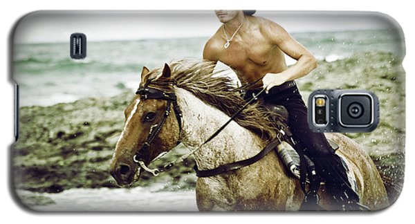 Cowboy Riding Horse On The Beach Galaxy S5 Case