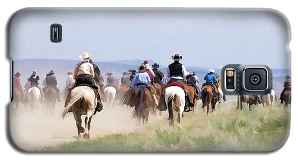 Cowboys And Cowgirls Riding Horses At The Sombrero Horse Drive Galaxy S5 Case
