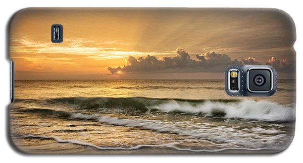 Crashing Waves At Sunrise Galaxy S5 Case by Greg Mimbs