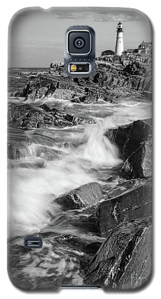Crashing Waves, Portland Head Light, Cape Elizabeth, Maine  -5605 Galaxy S5 Case
