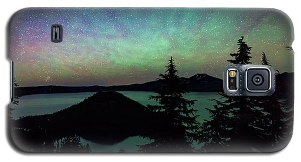 Galaxy S5 Case featuring the photograph Crater Lake Airglow by Cat Connor