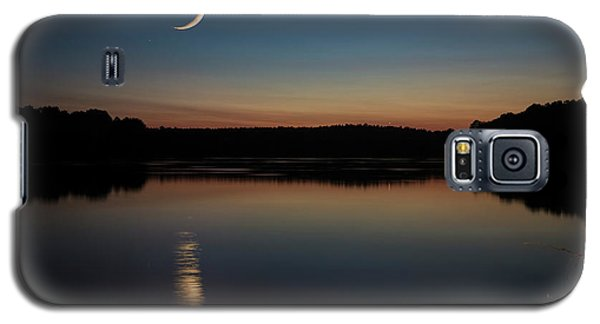 Crescent Moon Set At Lake Chesdin Galaxy S5 Case
