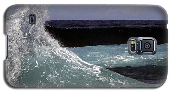Crest, North Beach, Oahu Galaxy S5 Case