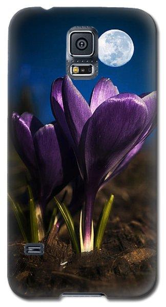 Crocus Moon Galaxy S5 Case
