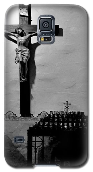 Galaxy S5 Case featuring the photograph Cross Mission San Diego De Alcala by Christine Till