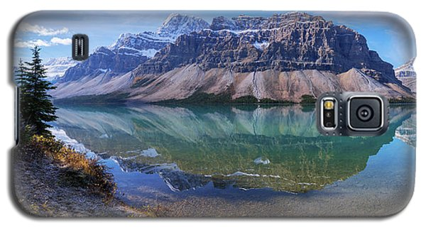 Galaxy S5 Case featuring the photograph Crowfoot Reflection by Chad Dutson