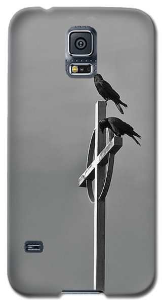 Galaxy S5 Case featuring the photograph Crows On Steeple by Richard Rizzo
