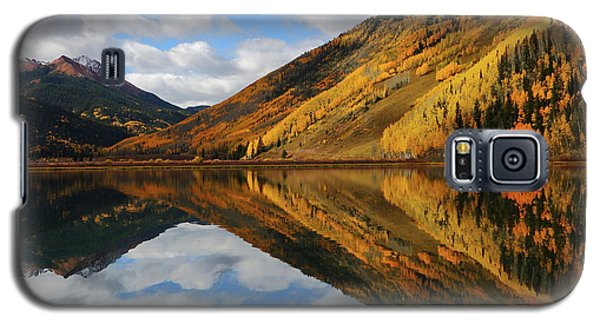 Crystal Lake Autumn Reflection Galaxy S5 Case