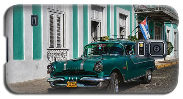 Galaxy S5 Case featuring the photograph Cuba Cars II by Juergen Klust