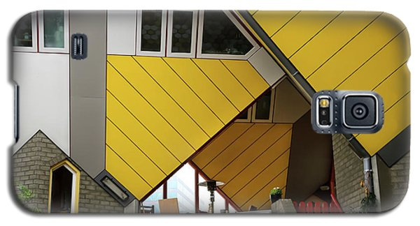 Galaxy S5 Case featuring the photograph Cube Houses Detail In Rotterdam by RicardMN Photography