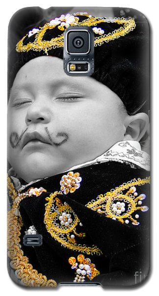 Galaxy S5 Case featuring the photograph Cuenca Kids 891 by Al Bourassa