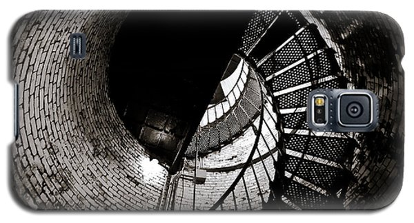 Galaxy S5 Case featuring the photograph Currituck Spiral II by David Sutton