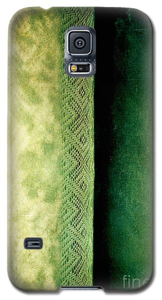 Galaxy S5 Case featuring the photograph Curtain by Silvia Ganora