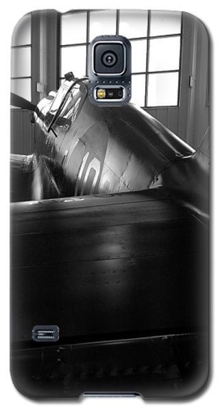 Galaxy S5 Case featuring the photograph Curtiss P-40 by Rebecca Davis