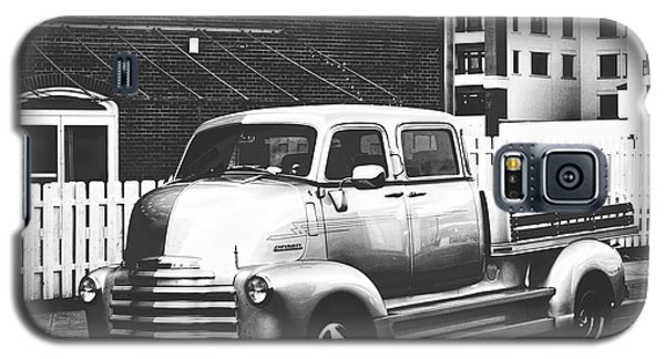 Galaxy S5 Case featuring the photograph Custom Chevy Asbury Park Nj Black And White by Terry DeLuco
