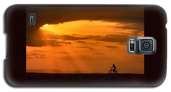 Cycling Into Sunrays Galaxy S5 Case