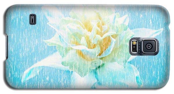 Daffodil Flower In Rain. Digital Art Galaxy S5 Case