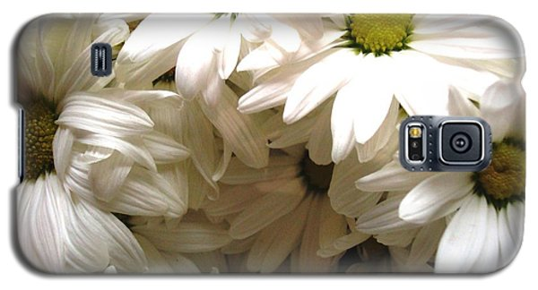 Daisies Make Me Smile Galaxy S5 Case by Laura  Grisham