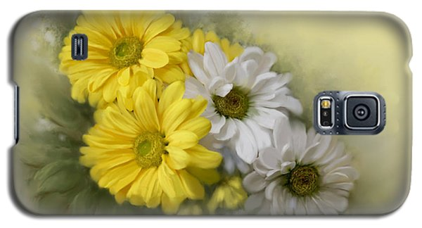 Galaxy S5 Case featuring the painting Daisy Spring Bouquet by Bonnie Willis