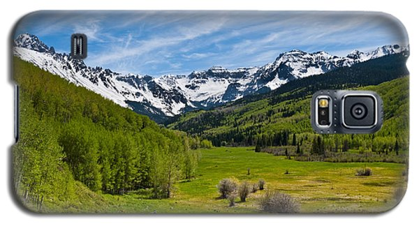 Galaxy S5 Case featuring the photograph Dallas Creek Valley And The Sneffels Range by Jeff Goulden