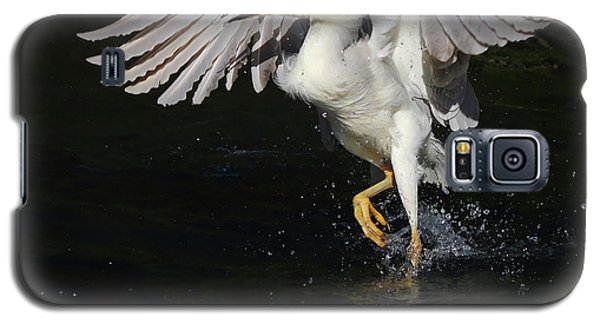 Galaxy S5 Case featuring the photograph Dance On Water. by Evelyn Garcia