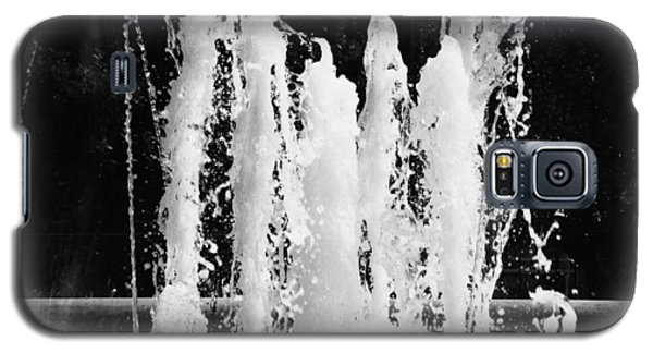 Dancing Waters B/w Galaxy S5 Case