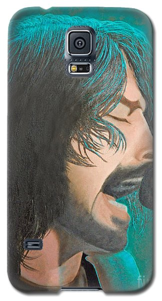 Galaxy S5 Case featuring the painting Dave Grohl Of The Foo Fighters by Cindy Lee Longhini