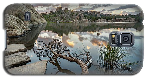 Galaxy S5 Case featuring the photograph Dawn At Sylvan Lake by Adam Romanowicz