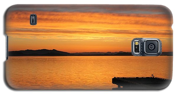 Dawn In The Sky At Dusavik Galaxy S5 Case