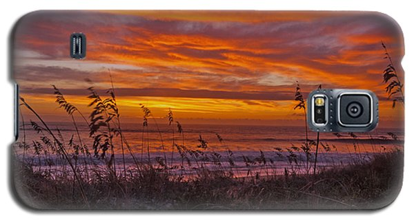 Galaxy S5 Case featuring the photograph Dawn On The Dunes by John Harding