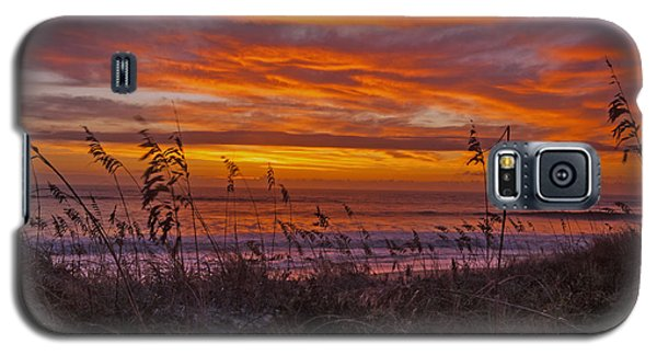 Dawn On The Dunes Galaxy S5 Case by John Harding