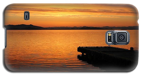 Galaxy S5 Case featuring the photograph Dawn On The Water At Dusavik by Charles Morrison