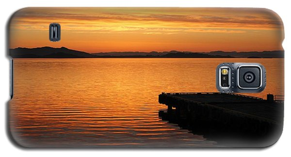 Dawn On The Water At Dusavik Galaxy S5 Case