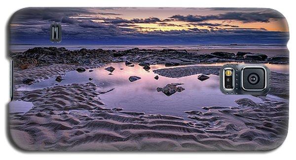 Galaxy S5 Case featuring the photograph Dawn On Wells Beach by Rick Berk