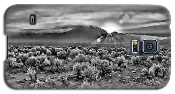 Dawn Over Magic Taos In B-w Galaxy S5 Case